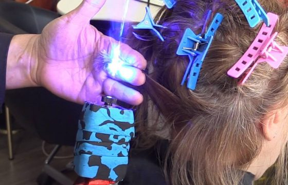 "#FRIDAYFUNNY: Umm…the future of haircutting? Meet the stylist who is using ""fricken lasers"" to…"