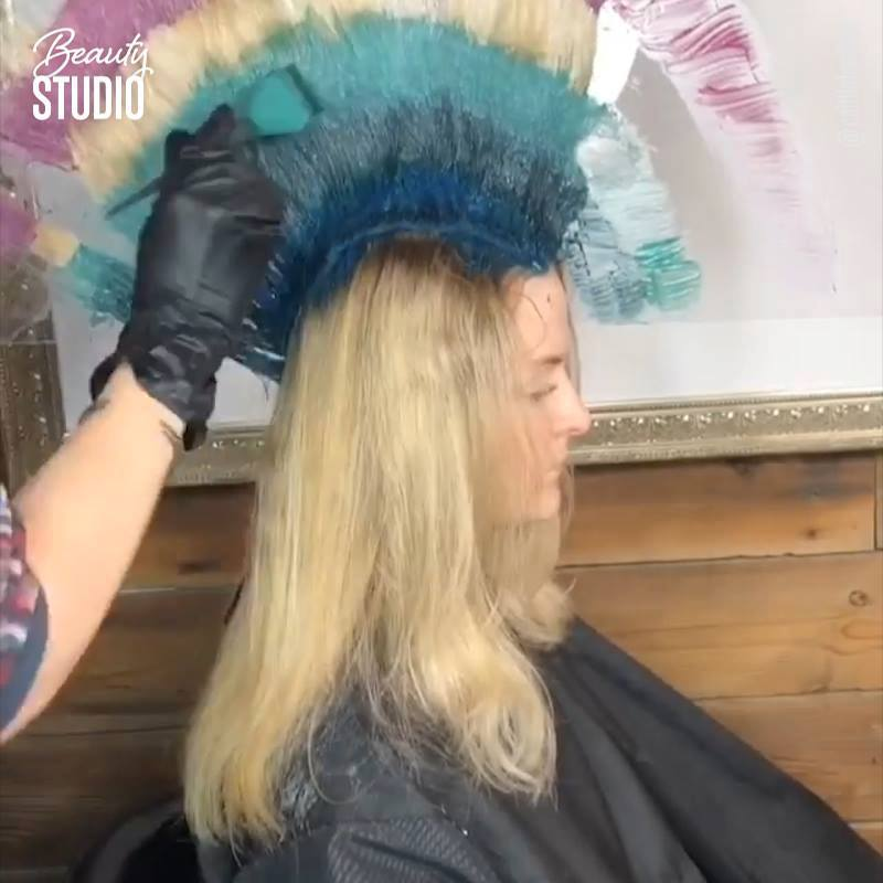 THIS COLORIST IS GOING VERTICAL??? In a video that colorist Caitlin Ford posted, at…